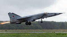 A Requiem For The MiG-25, The Original Soviet Rat Rod