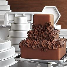 We recommend Fat Daddio's anodized cake pans for superior baking performance. Pretty Cakes, Cute Cakes, Beautiful Cakes, Amazing Cakes, Square Cake Pans, Gateaux Cake, Cookie Decorating, Decorating Cakes, Decorating Supplies