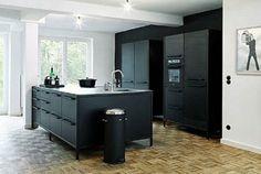 Mat zwarte keuken   Interieur inrichting