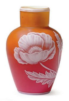 Thomas Webb Cameo Glass Vase Antique | EARLY 20TH CENTURY, PROBABLY THOMAS WEBB & SONS,