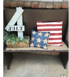 Home Decor Kitchen 20 Best July Porch decor ideas to spread the Patriotic Splurge in your front porch - Hike n Dip.Home Decor Kitchen 20 Best July Porch decor ideas to spread the Patriotic Splurge in your front porch - Hike n Dip Patriotic Crafts, Patriotic Party, July Crafts, Holiday Crafts, Holiday Fun, Americana Crafts, Holiday Ideas, Festive, Fourth Of July Decor