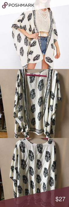 Black and White Kimono New! Sweaters