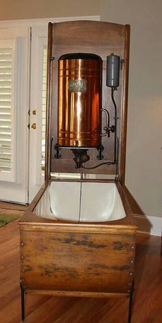 Mosely Victorian Folding Bathtub