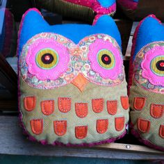 www.naturalife.com owl pillows