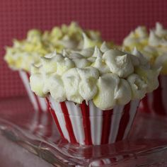 Popcorn cupcakes are totally sweet … and appropriate! Popcorn Cupcakes, Sweet Cupcakes, Yummy Cupcakes, Pop Popcorn, Mini Cakes, Cupcake Cakes, Cup Cakes, Cupcake Ideas, Cupcake Pictures
