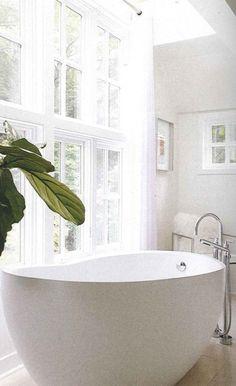 covet-worthy waterworks tub
