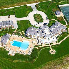$$$  Mega mansion in South Hampton Beach, NEW YORK  $$$