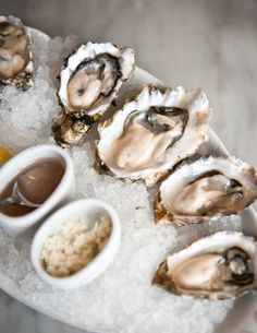 fresh oysters with a squeeze of lemon