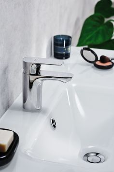 A tap may be small, but it can have a huge impact on the overall feel of the bathroom. The Aleo range brings you a contemporary design that embodies a stunning flat surface perfectly complemented with a gracefully curved underside. Kohler Faucet, Wall Mounted Basins, Bath Shower Mixer, Bathroom Taps, Shower Valve, Basin Mixer, Contemporary Design, Sink, Life Hacks