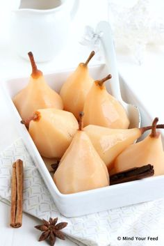 Stoofperen in prosecco | poached pears prosecco
