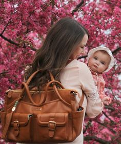 Elizabeth brown leather diaper bag by Lily Jade Best Diaper Backpack, Diaper Bag Purse, Leather Diaper Bags, Leather Bags, Brown Leather, Baby Girl Diaper Bags, Large Diaper Bags, Baby Boy, Gender Neutral Diaper Bag
