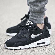 Nike-Air-Max-90-Essential-Zapatos-Para-Hombre-Talla-12-537384-047-Black-Silver-Metallic