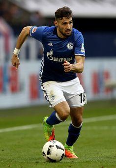Daniel Caligiuri of Schalke runs with the ball during the Bundesliga match between FC Schalke 04 and FC Augsburg at Veltins-Arena on March 12, 2017 in Gelsenkirchen, Germany.