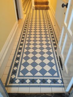 Art deco floor tiles hallway Ideas for 2019 Victorian Hallway Tiles, Victorian Flooring, Tiled Hallway, Hallway Art, Hall Flooring, Porch Flooring, Vinyl Flooring, Porch Tile, Small Hallways