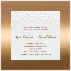 Svatební oznámení s vytlačenými motýly