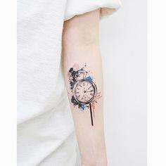 : Vintage Clock ⏱ . . #tattooistbanul #tattoo #tattooing #clock #clocktattoo #design #tattoodesign #tattoosupplybell #tattoomagazine #tattooartist #tattoostagram #tattooart #tattooinkspiration #타투이스트바늘 #타투 #시계 #시계타투 #도안