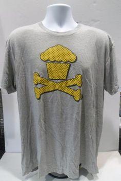 Johnny-Cupcakes-Logo-Crossbones-Yellow-Black-Dots-Gray-Mens-XL-Extra-Large
