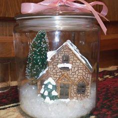 Recipientes de cristal con escenas navideñas - Dale Detalles Christmas Treats, Christmas Fun, Christmas Decorations, Xmas, Winter Magic, Snow Globes, Shabby Chic, Baby Shower, Entertaining