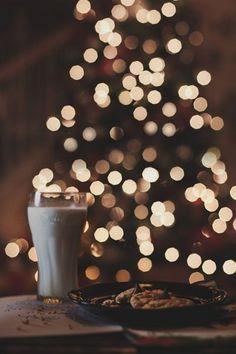 Christmas tree & hot cocoa