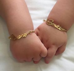 Customised bracelet 😍DM for detail☺️☺️ partydecorations weddinggifts engagementring partygifts giftideas girlsaccessories birthdaygifts boyaccessories cushions customisedmug customisedaccessories Baby Jewelry, Kids Jewelry, Cute Jewelry, Bridal Jewelry, Baby Dior, Accessoires Iphone, Zeina, Baby Bling, Gold Girl