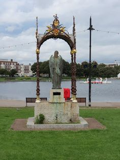 Emmanuel Memorial Drinking Fountain, Canoe Lake, Southsea. War Memorials, Hms Victory, Drinking Fountain, Isle Of Wight, Southampton, Hampshire, Canoe, Statue Of Liberty