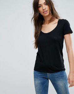 NEW LOOK SCOOP NECK TEE - BLACK. #newlook #cloth #