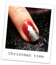 Get in the holiday spirit with this Christmas tree manicure. #christmas & #manicure