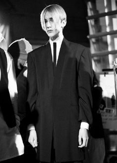 Introduction of my favorite foreign male models. 80s Goth, 80s Punk, Japanese Streets, Japanese Street Fashion, Curtain Haircut, Dark Fashion, Mens Fashion, Damir Doma, H Style