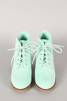 I love these mint shoes