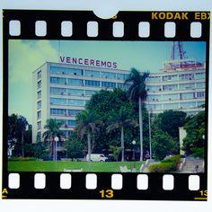 #cuba #karibik #caribbean #havana #lahabana #venceremos #diapositiv #perforation #kodak Cuba, Caribbean, Memories, Havana, Souvenirs, Remember This, Kobe