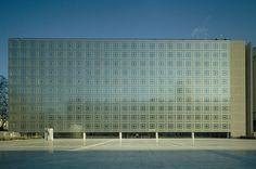 Jean Nouvel's Arab Institute