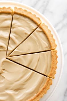The Best Vegan Salted Caramel Tart – Amy Le Creations – easter dessert recipes Healthy Vegan Dessert, Vegan Dessert Recipes, Tart Recipes, Vegan Sweets, Almond Recipes, Baking Recipes, Tarte Caramel, Salted Caramel Tart, Salted Caramel Chocolate