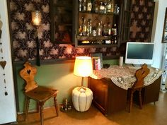 NINSIMON - Bar - Schreibtisch - Wallpaper Liquor Cabinet, Corner Desk, Sign, Bar, Storage, Google, Furniture, Home Decor, Writing Desk