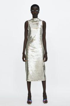 748d63fefd90 Bild 1 von KLEID MIT PAILLETTEN von Zara Silver Midi Dress