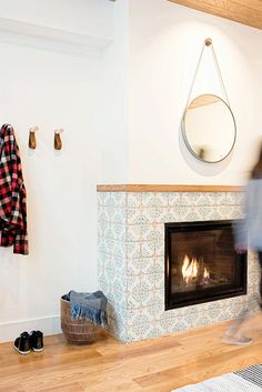 The Fireplace Features Ann Sacks Patterned Cement Tile In Royal Blue And Off White Look Both Exotic With Tiles Clean Again