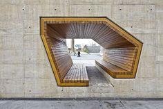 Mobiliario urbano de madera