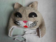 Детская шапочка с мордочкой котика