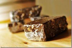 Barre protéinée au chocolat Bon Weekend, Barre, C'est Bon, Desserts, Food, Plein Air, Crossfit, Sports, Chocolates