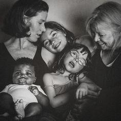 Les photos merveilleuses de l'adoption d'un garcon