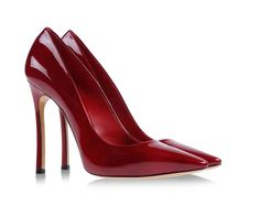 Pumps in glossy patent leather by Casadei. #italian #luxury