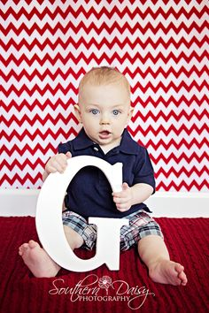 7 month old boy first initial hendersonville, tn poses of cu Toddler Poses, Baby Poses, Toddler Portraits, Baby Boy Pictures, Newborn Pictures, 6 Month Baby Picture Ideas Boy, Newborn Pics, Family Pictures, Fotos Baby Shower