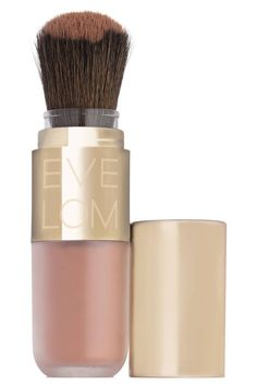 """""""Powder is a bride's secret weapon,"""" says Sonia Kashuk, founder of Sonia Kashuk Beauty. Apply Eve Lom Sheer Radiance Translucent Powder to your T-zone to lock makeup in place, then keep in your bag for touchups. My Beauty, Beauty Makeup, Beauty Hacks, Beauty Tips, Beauty Secrets, Beauty Book, Luxury Beauty, Beauty Stuff, Beauty Ideas"""