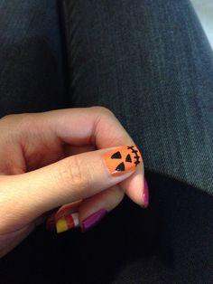 Jack o lantern nail art