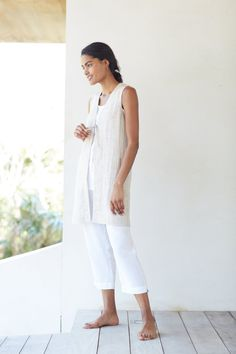 Pure Jill crinkled-linen vest and the linen slim crops