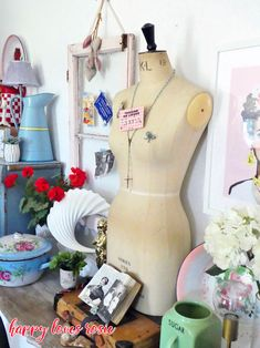 Fighting my Depression and other Bad Luck Stories Miss You All, I Got You, Pack Up And Go, Vintage Mannequin, A Little Party, Family Support, Eclectic Design, Happy Love, Taking Pictures