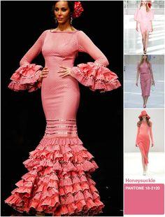 A través de vuestrosemails, muchas de vosotras me preguntáis cuáles serán los colores de la nueva temporada flamenca. Pues bien, hoy y según el dictado de las Pasarelas Internacionales, podemos descifrar la paleta cromática de la nueva temporada Primavera / Verano 2014 ¿Por qué no también inspirarse en ella para lo próximo flamenco? HONEY SUCKLE …