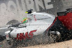 New chassis for Gutierrez after crash | 2016 Bahrain Grand Prix http://www.f1fanatic.co.uk/2016/03/27/new-chassis-gutierrez-crash/ #F1