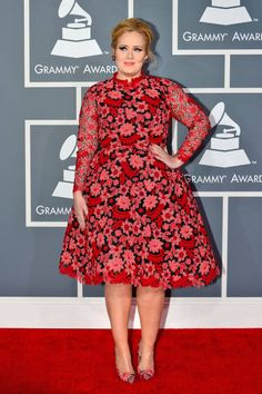 New mom Adele looked pretty as can be in red Valentino #Grammys