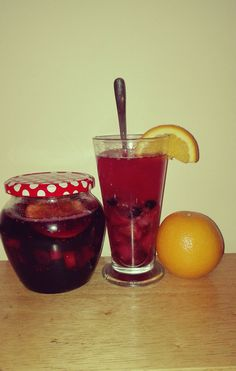 Baked tea Recipe: apple,pear,orange,ginger, lemon,rasberry,strawberry,blackberry,sugar and whiskey. Put everything on baking trace and baking 45 minute, 175°C. Enjoy :-)