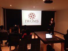 Entrenamiento presencial de iwoms. www.iwoms.com